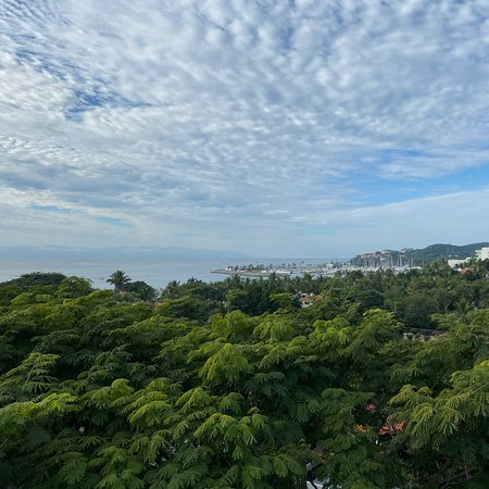 """Vallarta Gardens """"The Hamptons"""" 1 bedroom with private rooftop terrace (includes jacuzzi, two lounge chairs, outdoor kitchen with grill, bathroom, large covered seating with TV; beautiful view of the bay)"""