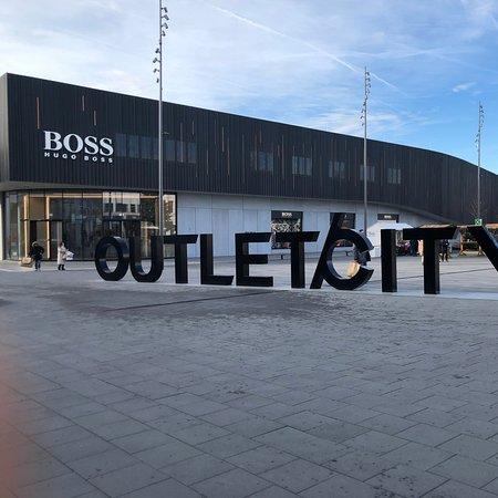 Outlet City Metzingen Aktuelle 2020 Lohnt es sich? (Mit