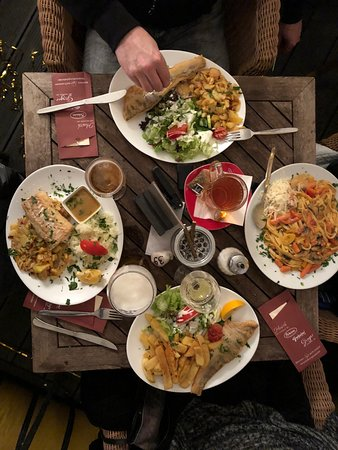 Restaurant Cafe Bar Hirsch