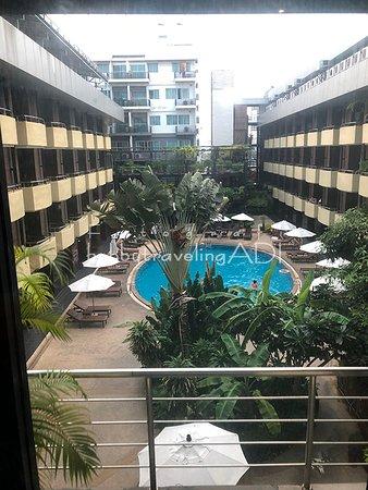Kolam Renang Baron Beach Hotel Pattaya Thailand