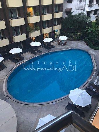 Pemandangan dari kamar Baron Beach Hotel Pattaya Thailand