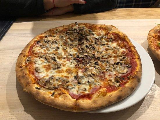 Pizza Parma i Capricciosa