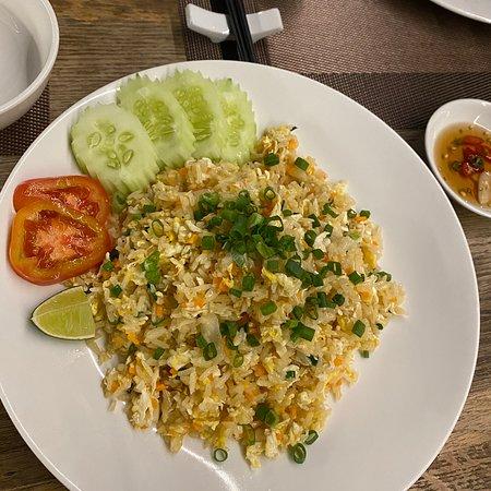 ร้านอาหารบรรยากาศดีมาก รสชาติไทยแท้เลย