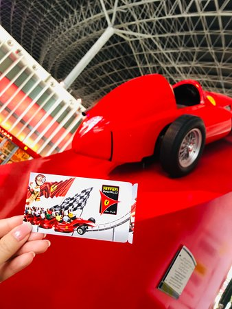 Valokuva: Ferrari World Abu Dhabi Admission Ticket