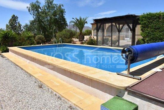 Swimming pool at Villa Almendricos