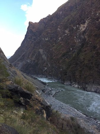 Upper Tiger Leaping Gorge.Deep valley and gorge.