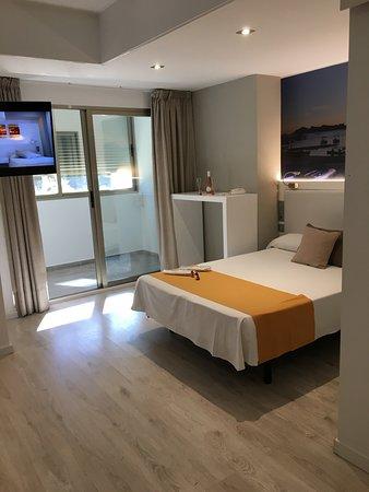 Premium annex room