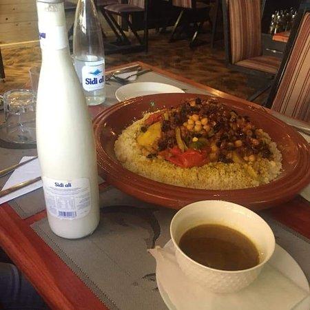 Une cuisine Authentique marocaine ,Italienne,  Arabe, Française,...
