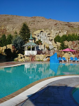 The Pool and spa area at the Madonna Inn Roguetrippers