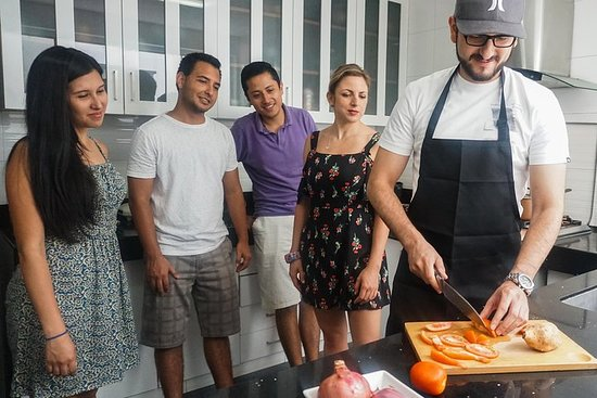Peruvian Cooking Classes and Dinner