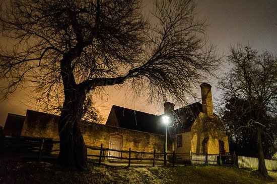 Hour-Long Ghost Tour of Williamsburg...