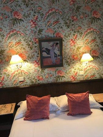 Hotel Le Clement Paris: Junior Suite 3 personen (kamer 1e verdieping nr. 104) Photo @trendbrowser