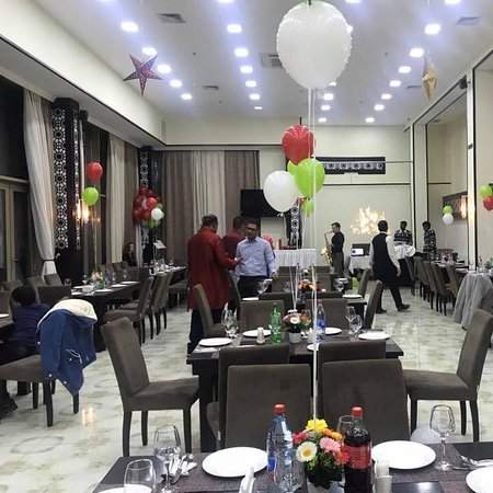 Perfect place for your gatherings with great Indian food selections in Baku.