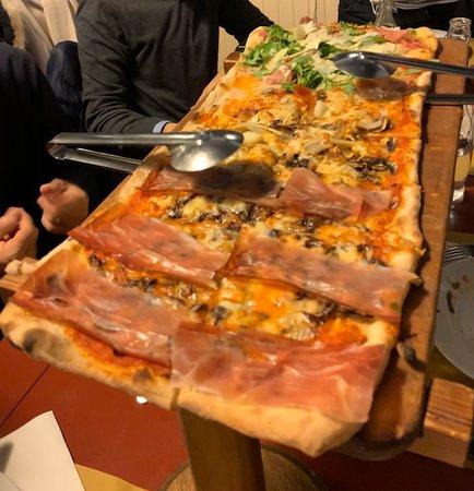 Ristorante ristorante montallegro in genova con cucina for Cucina arredi genova