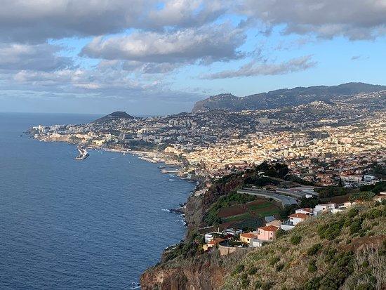 Fotografie 3-Hour Madeira Scenic Island Tour (Price per Sidecar - 1 or 2 passengers)