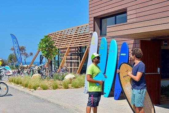 Surfe os melhores lugares em...