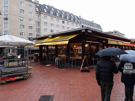 Mercado y restaurantes