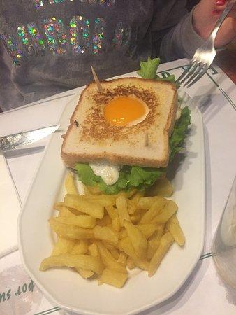 Posada de Llanes, España: Sandwich Córner, espectacular