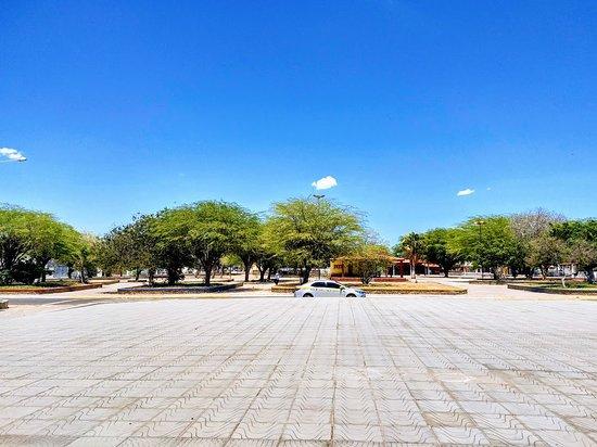 Remanso, BA: Praça da Matriz