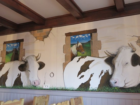 Pierrefontaine-les-Varans, Francia: restaurant très bien décoré. J'ai adoré !
