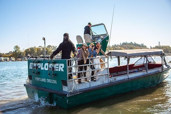 Full Day Columbia Gorge Jet-Boat Adventure