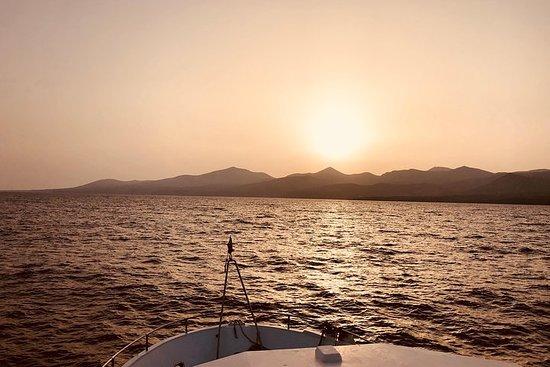 O melhor cruzeiro Sunset Chill Out de...