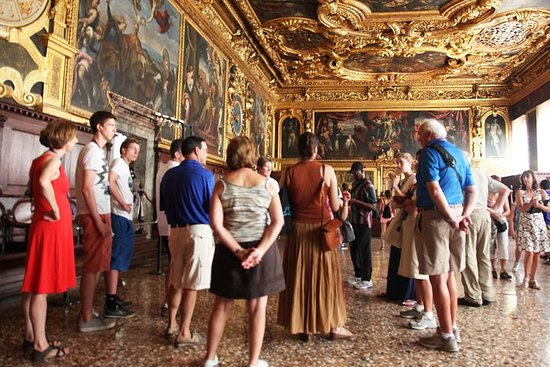 Doge's Palace with Hidden Secret Itineraries & Prison Skip the Line Tour Photo