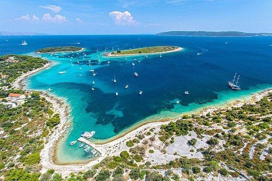 从斯普利特和特罗吉尔出发的50个蓝色泻湖和岛屿索尔塔之旅