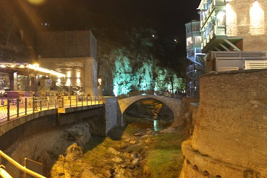 Tbilisi city walking Tour with local guide: Dzveli Tbilisi Sulphur Waterfall