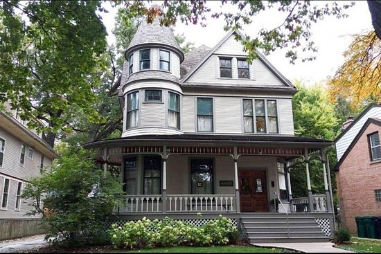 Sla de wachtrij over: Ernest Hemingway Birthplace Home Tour Ticket