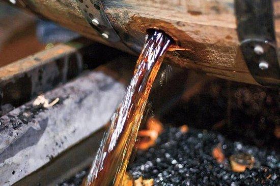 Tour e degustazioni della distilleria borbonica - Mezza giornata