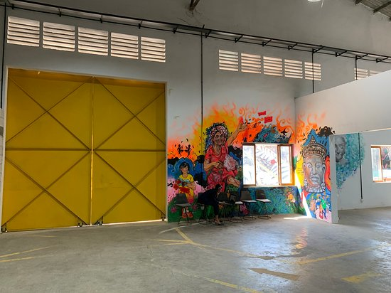 Kbach Gallery