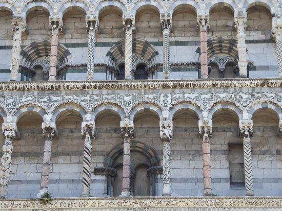 Λούκα, Ιταλία: Chiesa di San Michele in Foro