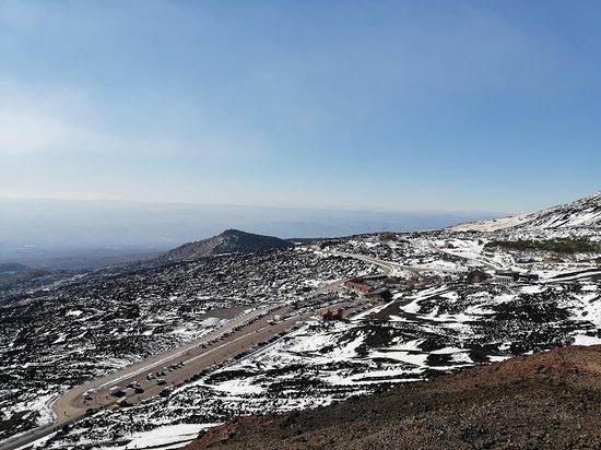 Etna and Taormina Full-Day Tour from Catania: Visita al vulcano Etna 3