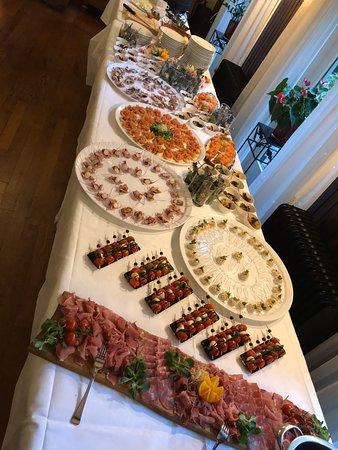Ter Apel, Nederland: Koud tapasbuffet