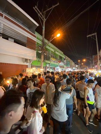 Saturday Night Market  Walking Street - Wua Lai Road