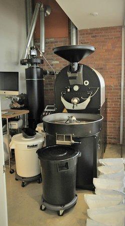 Zion Coffee Bar: the Roaster!