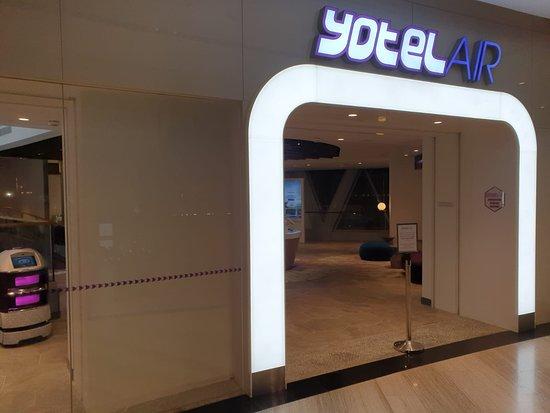 YOTELAIR Singapore Changi Airport