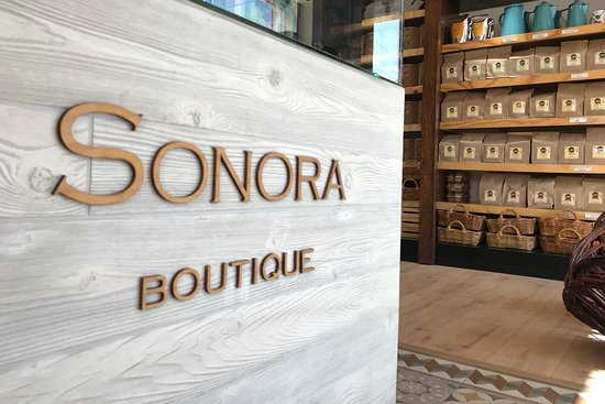 Sonora Boutique by flor de capomo