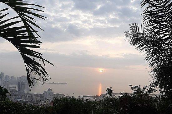 Randonnée au lever du soleil sur la...
