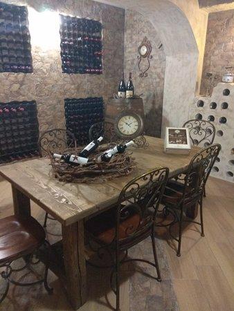 Erato Wine Restaurant