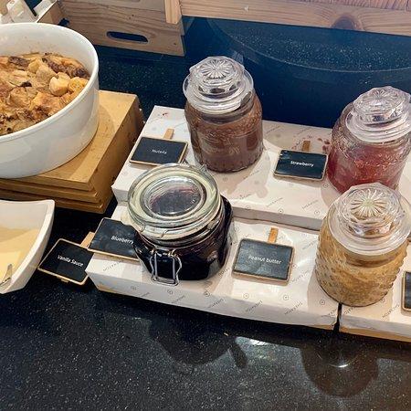 Frühstücksbuffet des Hotels
