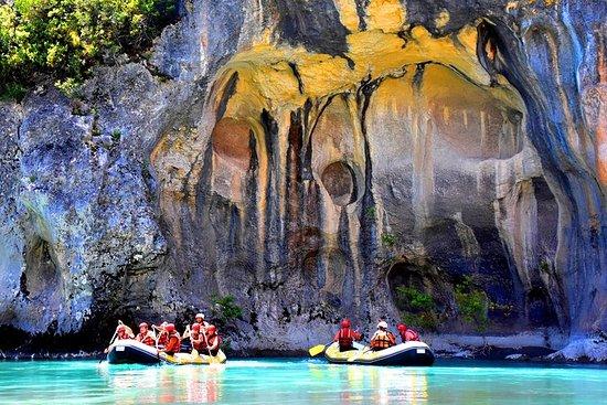 Rafting no rio selvagem Vjosa Permet