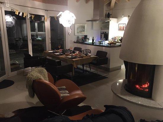 Minusio, Schweiz: Wohnzimmer oben