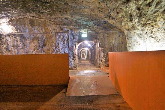 Pozzacchio, Италия: De longs couloirs