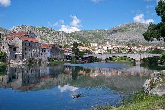 テイスティングとドゥブロヴニクボスニア・ヘルツェゴビナ半日ワインツアー