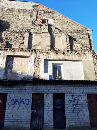 Regular 2 hr walking tour of Jewish Vilnius: Следы истории