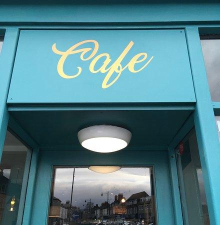 Café door