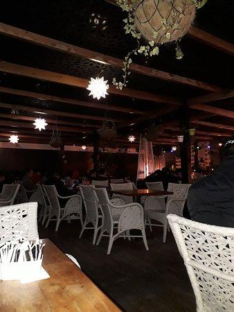 WOODS Cafe Restaurant照片