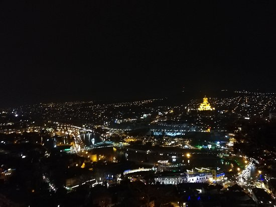 Tbilisi city walking Tour with local guide Φωτογραφία